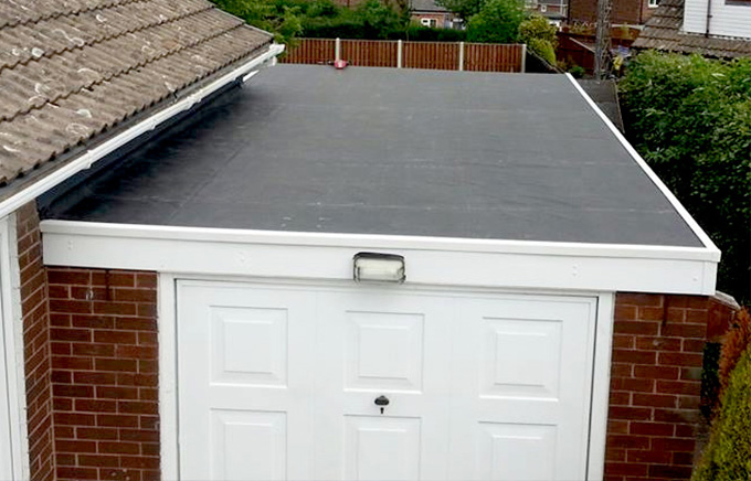 Common Problems With Flat Roofs & Recommended Solutions